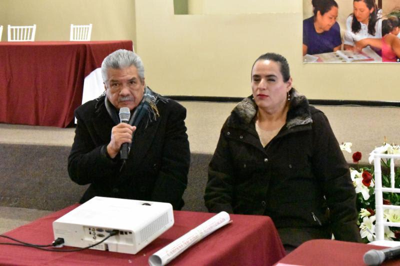 Foto de Capacitan a Personal del Instituto Zacatecano de Educación para Adultos (IZEA) en Temas de Inclusión
