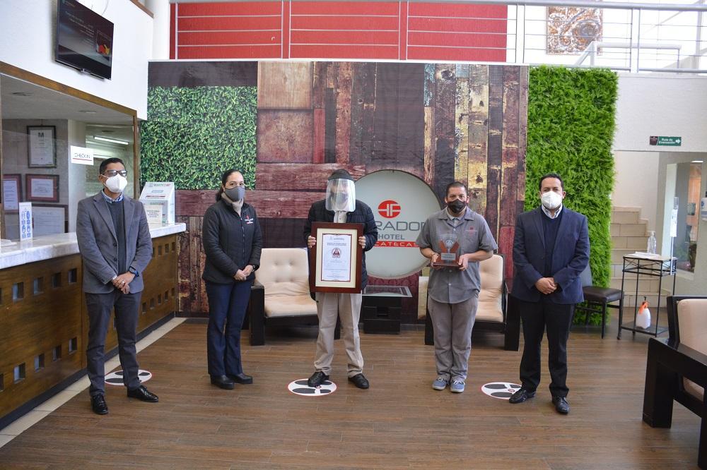 Foto de RECIBE HOTEL PARADOR DISTINTIVO POR INCLUSIÓN LABORAL